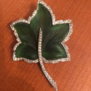 VINTAGE GREEN LEAF with rhinestones PIN